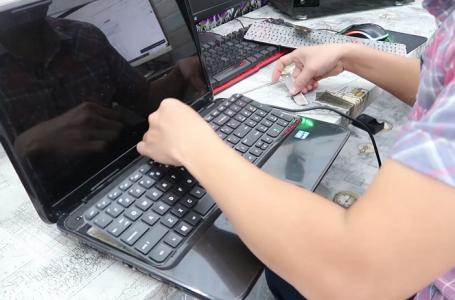 laptop bị hòng bàn phím